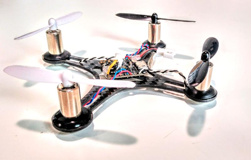 Micro quadcopter pequeño y ligero para Open Light Motion